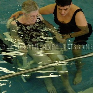Image of patient receiving aquatic treatment for total knee replacement